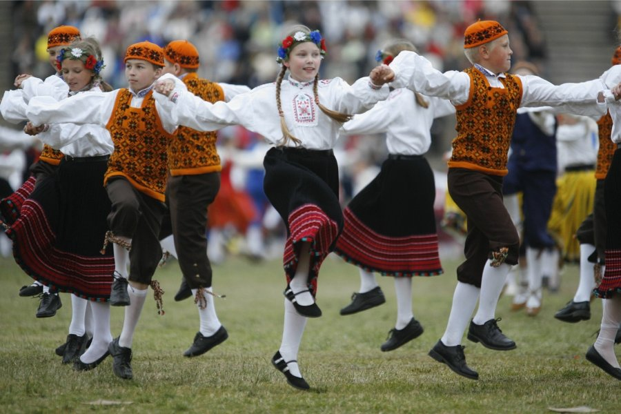 Dance-Culture-The-History-Of-Estonia-Dance-Culture